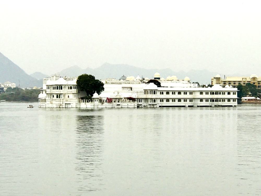 24Feb18Lakepalace5