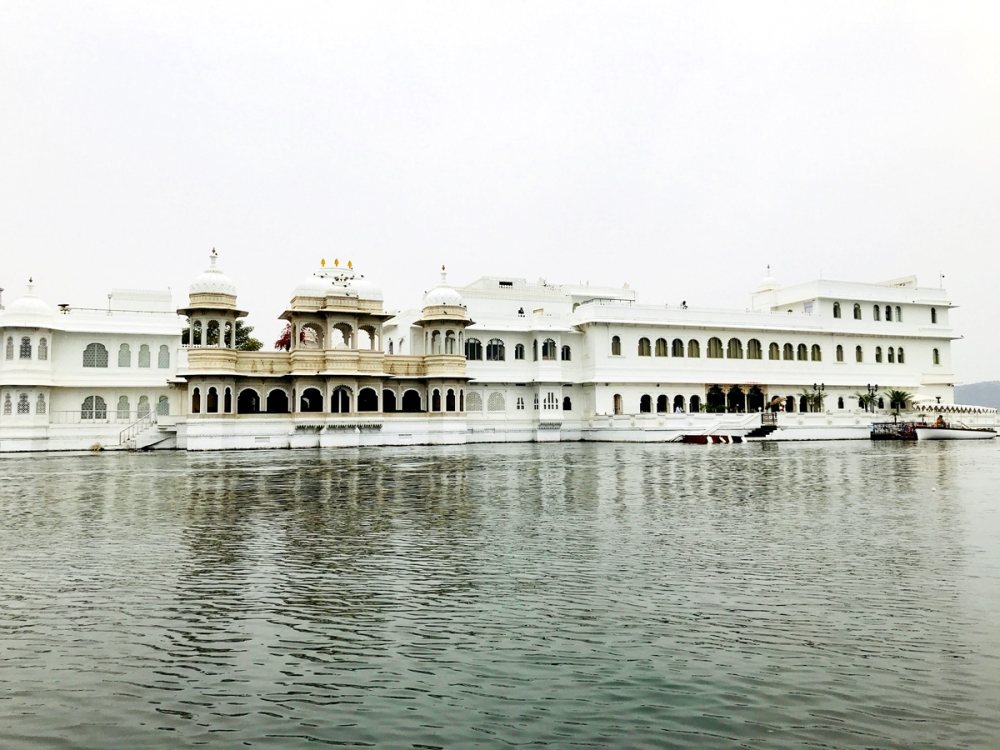 24Feb18Lakepalace9